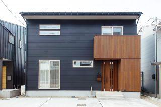 外観 - 家事がしやすい動線+ゆとりある収納でアパート暮らしの不便さを解消した家 - 山田建築店