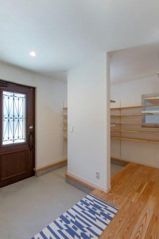 玄関 - やさしい木の家 施工事例 - 山田建築店