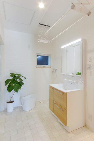 洗面所 - やさしい木の家 施工事例 - 山田建築店